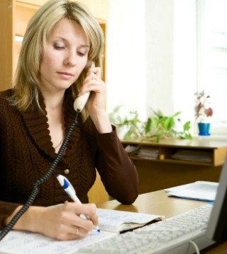 How does a bookkeeper charge for their bookkeeping services?