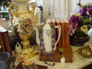 Buying Antiques at Garage Sales