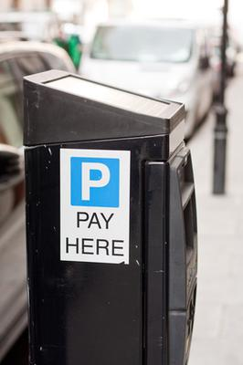 Does paid parking include GST/HST?